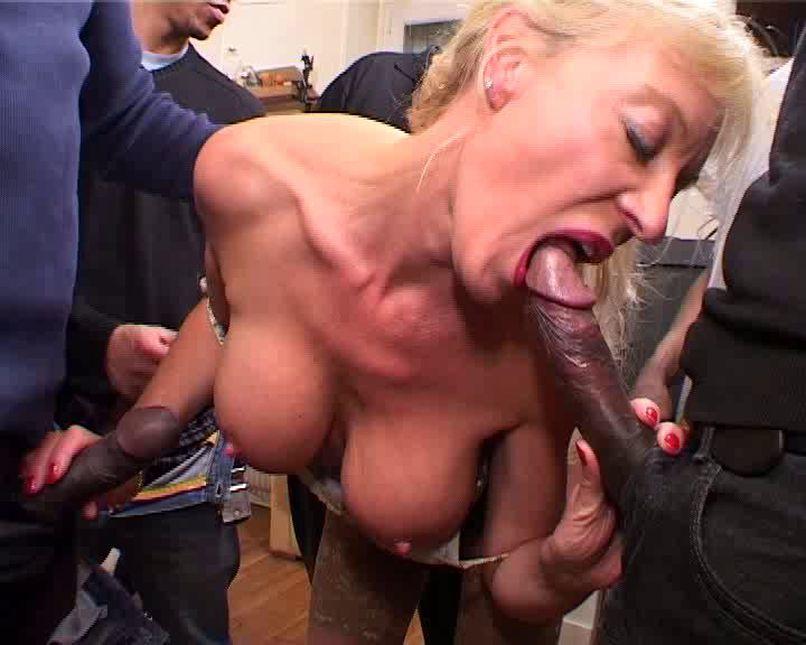 Sylvie, the cougar secretary, fucked gang-bang! - Tonpornodujour.com