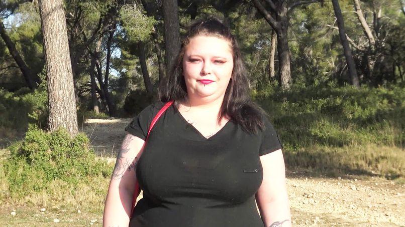 Jade, 23-year-old amateur slut, tastes deep sodomy like a pro! - Tonpornodujour.com