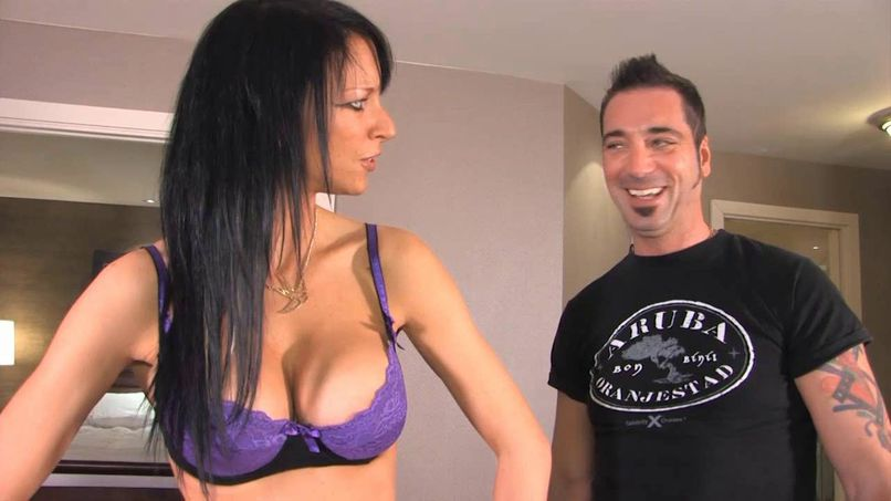 Catherine, a naughty Quebecer is having a casting in a good hard fuck! - Tonpornodujour.com