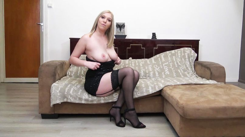 Total Marseille-style fucking for Shanna, a beautiful 27-year-old blonde slut with big natural breasts! - Tonpornodujour.com