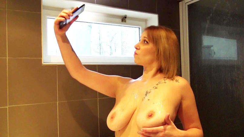 Big Belgian slut, Shanna has fun in a scenario with multiple fucking! - Tonpornodujour.com