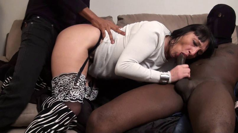 Maeva, mature barmaid and slut, gets caught in a gang bang by two motivated black guys! - Tonpornodujour.com