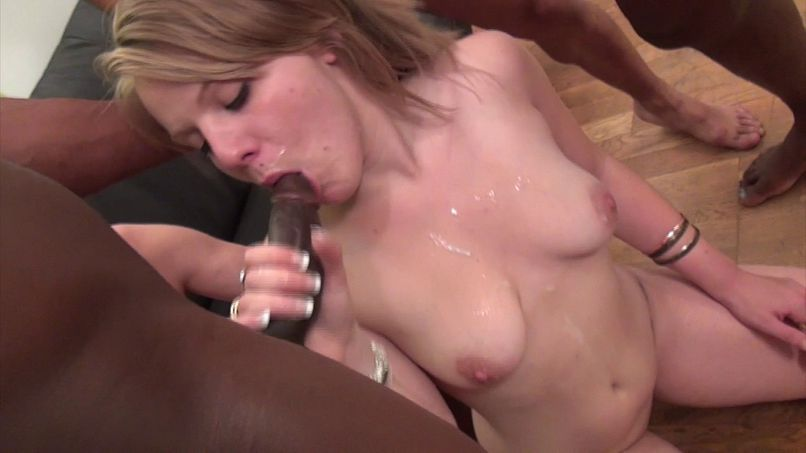Jess, a young blonde with big breasts is mistreated in a gang bang! - Tonpornodujour.com