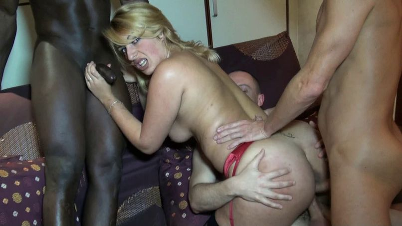 Discovery of the amateur gang bang for Tatiana - Tonpornodujour.com