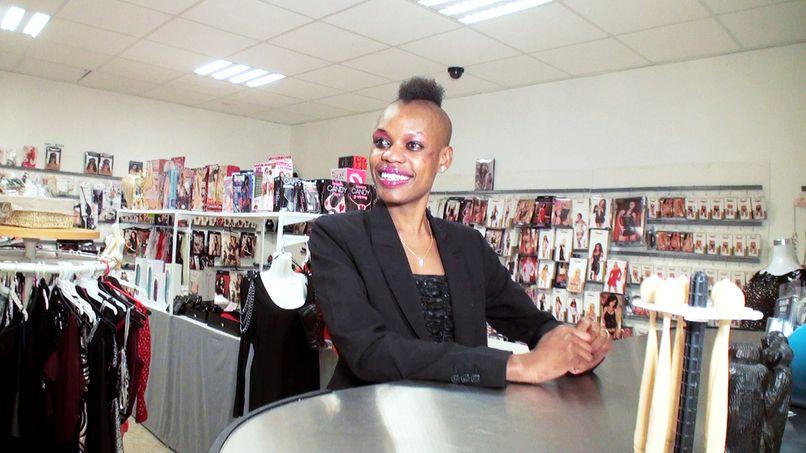 Gangbang for Bianca, an African slut! - Tonpornodujour.com