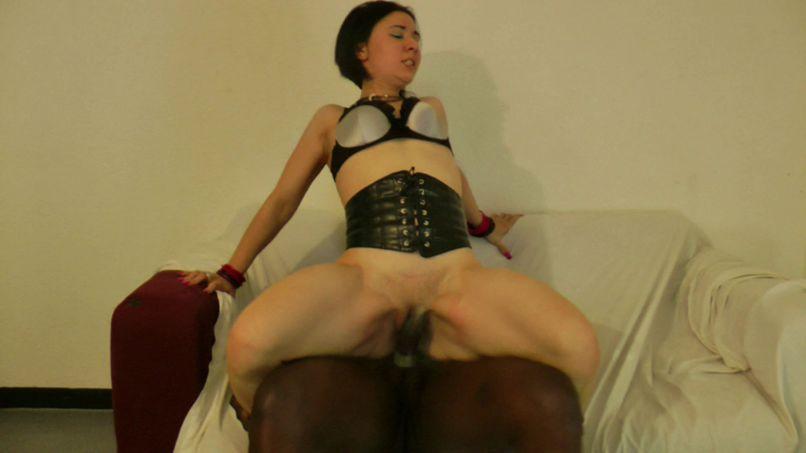 Gwendoline beautician tests black sodomy! - Tonpornodujour.com