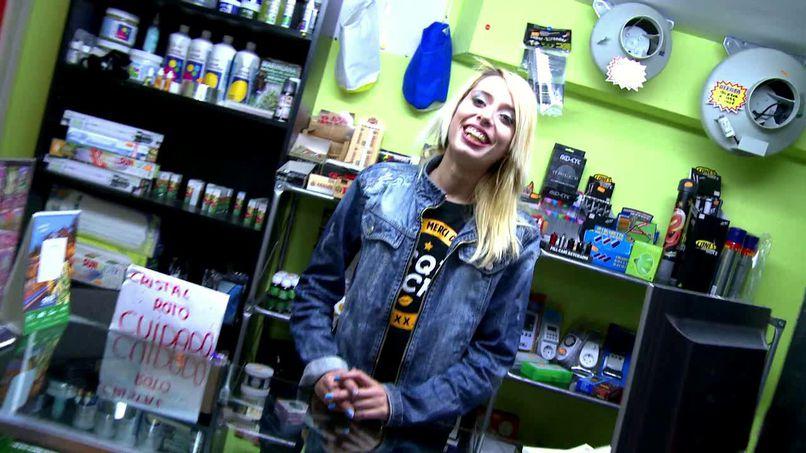 Erika, a young Spanish rascal - Tonpornodujour.com