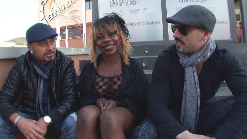 Naomie, black & white plan and sodomy! - Tonpornodujour.com
