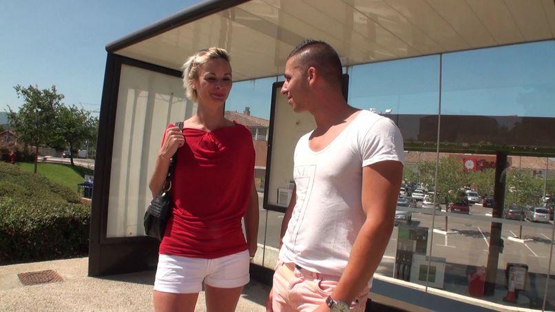Imani, furious blonde! - Tonpornodujour.com
