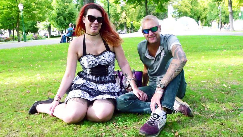 Julie and Yann, a beginner couple who discovers amateur sex filmed in a club! - Tonpornodujour.com