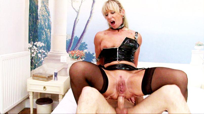 Marina won't leave without a deep sodomy! - Tonpornodujour.com