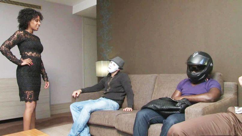 The slut Nina, sodomized by blacks! - Tonpornodujour.com