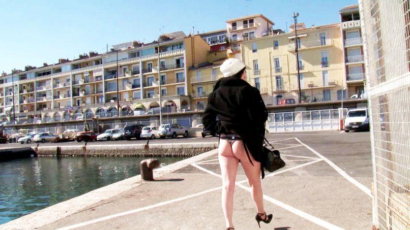 This fat slut from Caro never refuses a good fuck! - Tonpornodujour.com