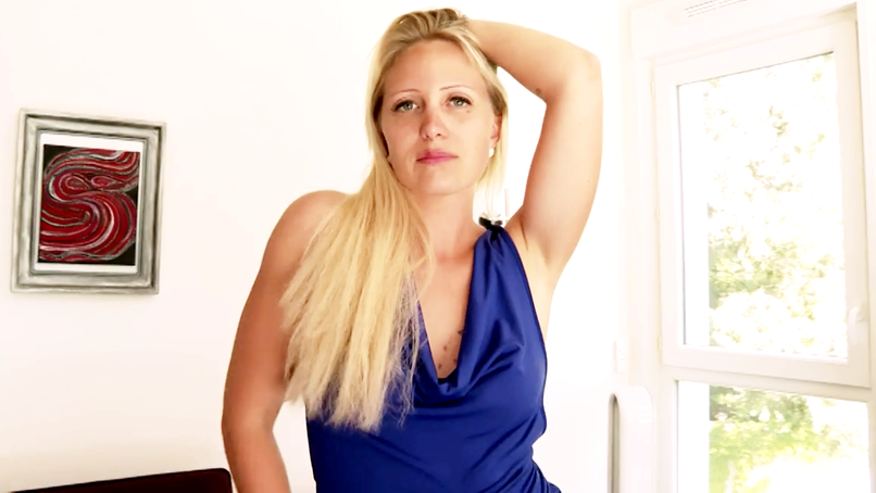 This big slut from Marie, 30 years old, hasn't finished having her ass smashed in a good HHF trio! - Tonpornodujour.com
