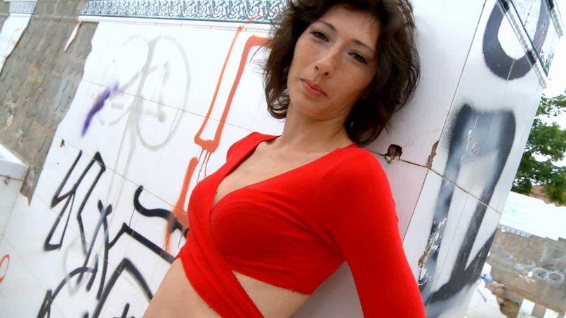 Gabriela, a milf with outstanding sexual skills! - Tonpornodujour.com