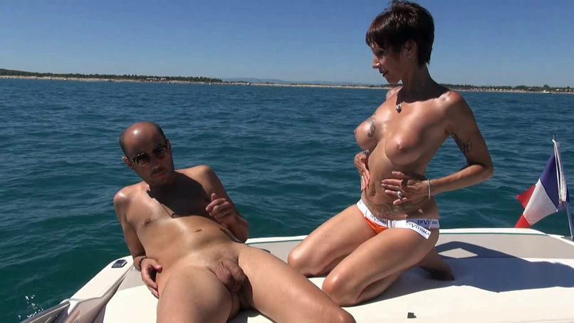 Catalya, busty milf, gives herself a libertine vacation at Cap d'Agde! - Tonpornodujour.com