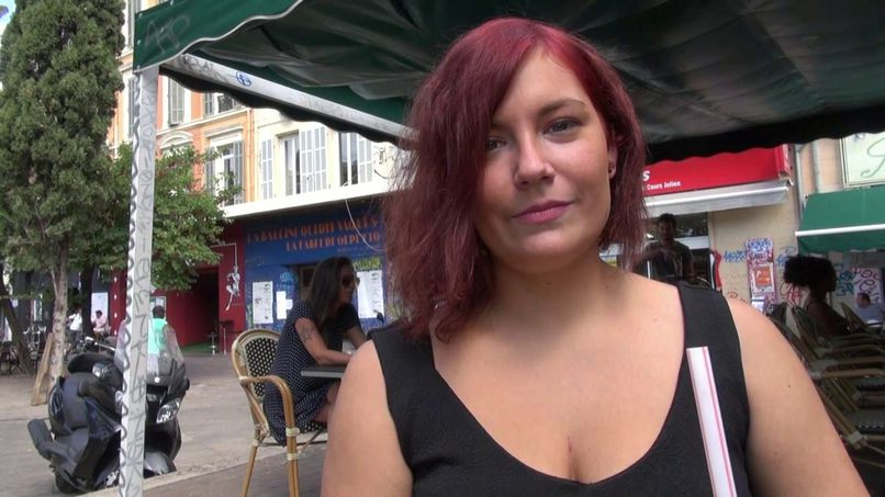 End of the holidays for Arielle, a young slut from Le Touquet - Tonpornodujour.com