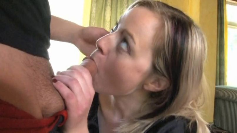 Marion, a very naughty maid gets her pussy fucked by her employer! - Tonpornodujour.com