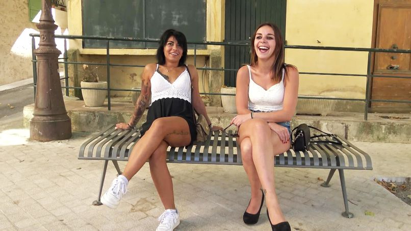 Alicia, now released amateur slut, devours Julia and her big natural tits! - Tonpornodujour.com