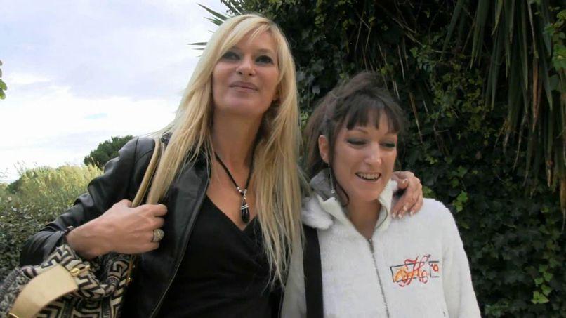 Audrey gets a makeover like a slut by Angelique, for an intense fuck! - Tonpornodujour.com