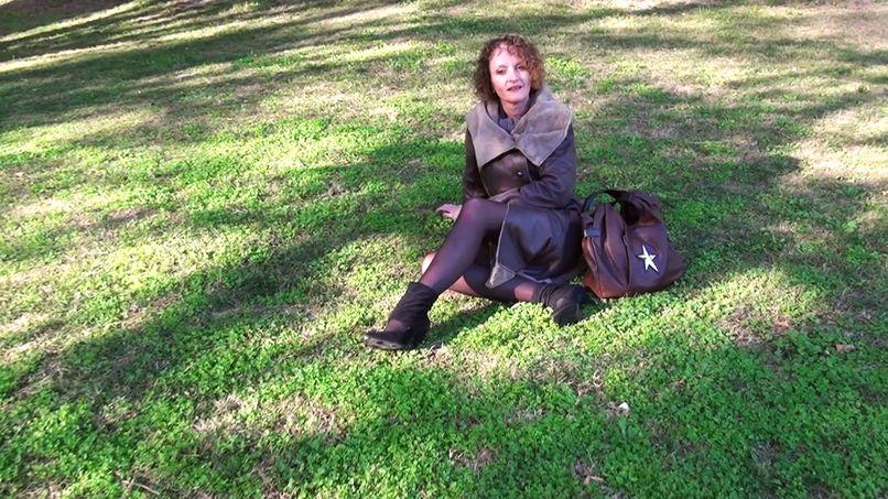 Aline, a very slutty boss - Tonpornodujour.com