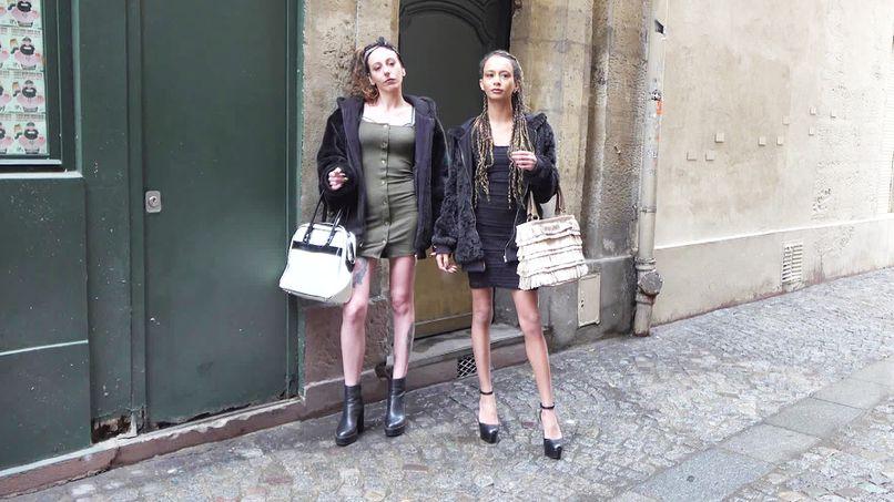 Jada and Jemma, two big Italian sluts and lesbian sluts assumed! - Tonpornodujour.com