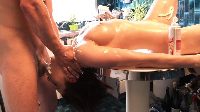 Chantilly and hard sex for Nikita, a beautiful slut with big tits! - Tonpornodujour.com