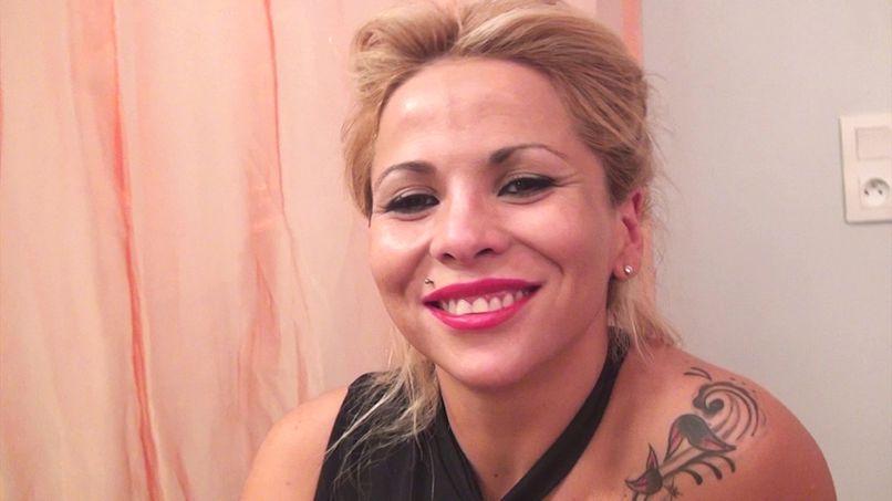 Sabrina, a Latin bombshell in double penetration! - Tonpornodujour.com